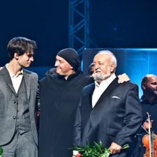 Jonny Greenwood with composer Krzysztof Penderecki (Photo by Polish National Audiovisual Institute)